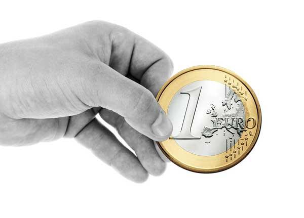 hand-euro-symbolbild-web